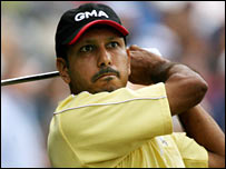 Improved putting takes Jeev to 15th place; Westwood in lead