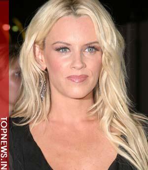 Jenny McCarthy loves Botox