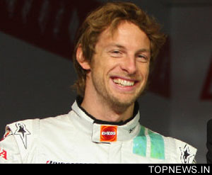 Button wins in Bahrain