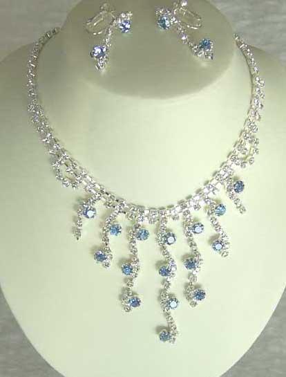اكبر البوم صور للمجوهرات Jewelry.jpg