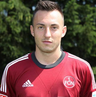 Nuremberg's Drmic joins Bayer Leverkusen