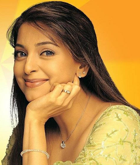 Juhi Chawla - Actress Wallpapers