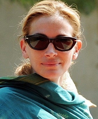 julia roberts kids 2009. Julia Roberts#39; mum recovering