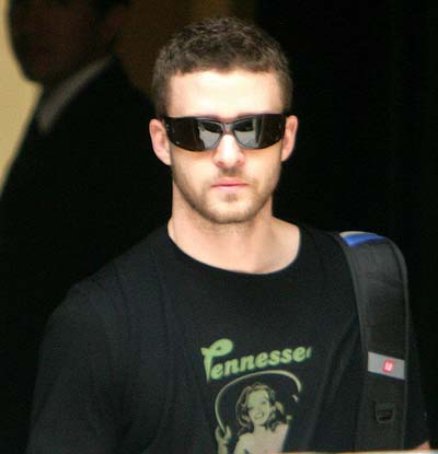 Justin Timberlake loves his bespectacled look