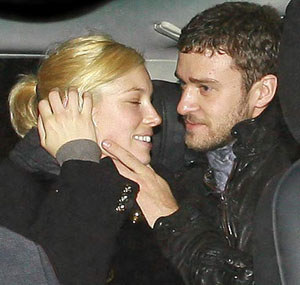 Biel, Timberlake spent hours on phone before their first date