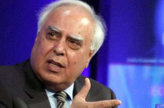 Internet allows people a chance to be heard, says Sibbal