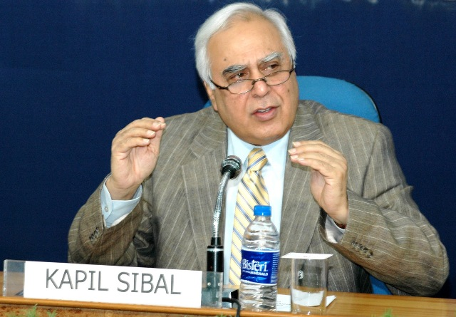 Spectrum auction will likely take place before 2012's end, with lower base prices: Sibal