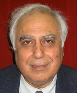 Sibal files defamation suit against BJP candidate Gupta
