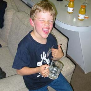 One in four Oz parents believe its fine to let kids drink before legal age