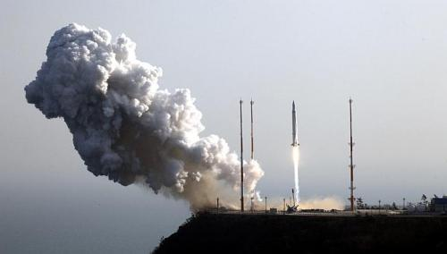 South Korea successfully launches satellite into orbit