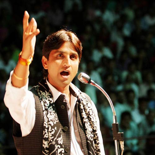 Kumar Vishwas says his family told to leave Amethi