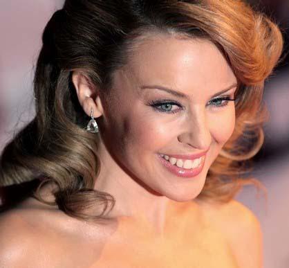 Kylie Minogue 'shells £40k on golf gear'