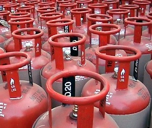 Over 9.35 crore consumers sign up for LPG cash-subsidy scheme