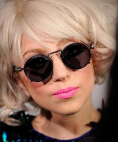 Lady Gaga brushes off Kanye West fall-out rumours