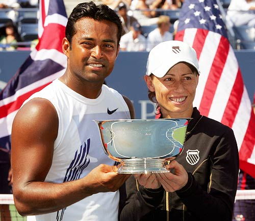 Paes-Cara Duo Breezes Into The Grand Finale