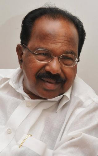 http://www.topnews.in/files/M-Veerappa-Moily_0.jpg