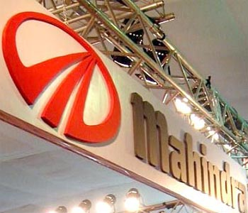 Hold Mahindra & Mahindra With Target Of Rs 800