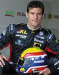 Webber to stay with Red Bull in 2010