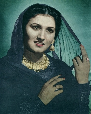 Melody Queen Noor Jahan - Face Of the Day 1st Dec 09