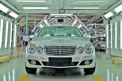 Mercedez Benz on Mercedes Benz India Is On Its Toes To Provide Indian Roads With W212