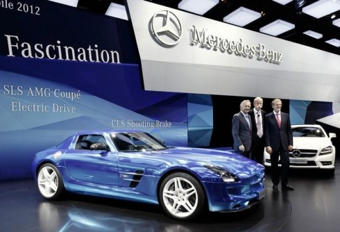 Some important vehicles displayed at Paris Motor Show