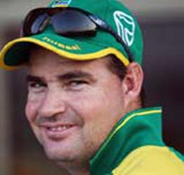 Proteas coach Arthur turns the heat on Oz top order