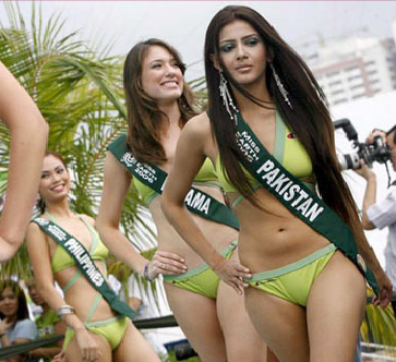 Founder of Miss Pakistan World pageant unhappy over Musharraf's fall