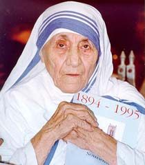 Kolkata holds special prayers on Mother Teresa's 99th birth anniversary