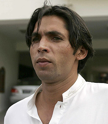<b>...</b> to take their key strike bowler <b>Mohammad Asif</b> to UAE for a limited-overs <b>...</b> - Mohammad-Asif-6955