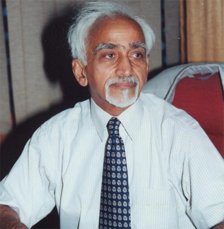 Ansari urges Malawi Indians to harness potential for bilateral cooperation