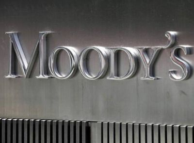 Moody's cuts outlook on Germany