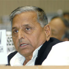 Mulayam Singh says dialogue will clear rift with Amar Singh
