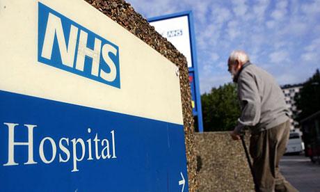 Ως και 1 εκ. λίρες σπαταλούν τα βρετανικά νοσοκομεία σε προσωρινούς γιατρούς...