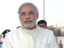 Modi's fast: BJP top brass to attend; Modi condemns communalism