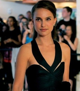 Natalie Portman loves listening to 'dirty rap' music