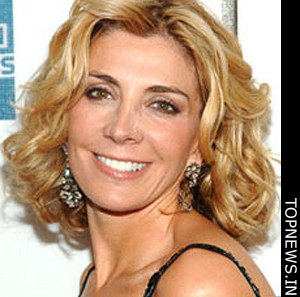 Family, pals bid adieu to <b>Natasha Richardson</b> on her funeral - Natasha-Richardson-2936