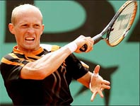 Davydenko brought to heel in Open pullout