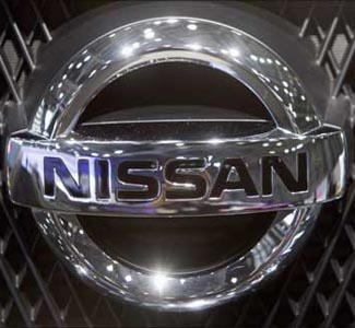 Renault-Nissan, Bajaj sign pact for small car