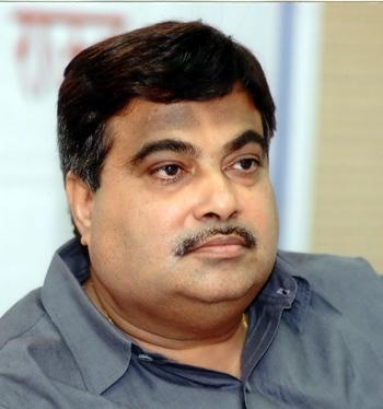 Gadkari hails Gujarat's decision to make voting mandatory in local body elections