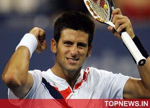 Djokovic turns the tables to oust Wawrinka in semi-finals