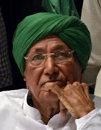 Chautala's supporters clash with police ahead of court order on sentence against ex-CM