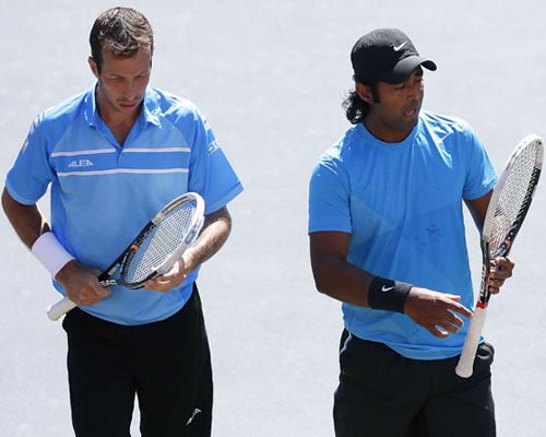 No 2 seeds Paes, Stepanek stunned
