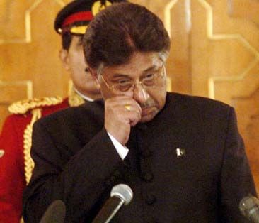 Sindh High Court issues notice against Musharraf, former associates in treason case