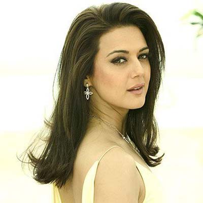 Preity parties with Winfrey, returns with dented car