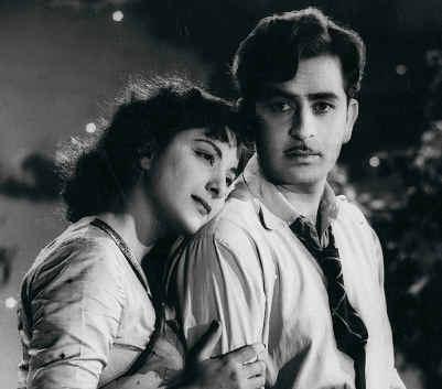 **La Quimica Legendaria de......SRK Y KAJOL!!!** Raj-Kapoor-Nargis