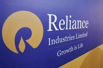 Oil ministry wants RIL to submit accounts to CAG