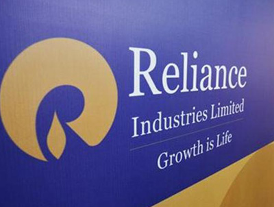 RIL shares up 2% on positive earnings
