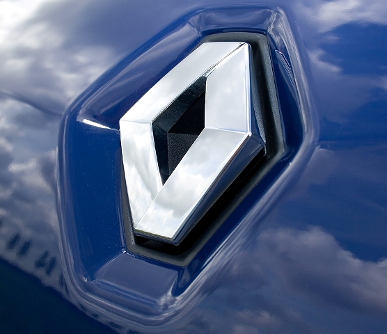 Renault to enter used car biz in India; 2 new models next year