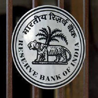 RBI asks banks to reduce exposure to NBFCs to 7.5%