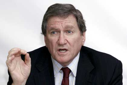 US spies, not combat troops in Pak: Holbrooke